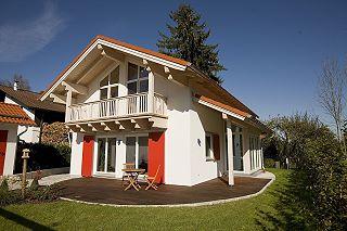 Dipl.-Ing.(FH) Architekt Georg Doll - Einfamilienhaus in Oberhaching